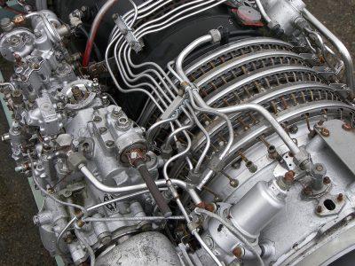 Jak sobie poradzić z naprawą samochodu lub innej maszyny?